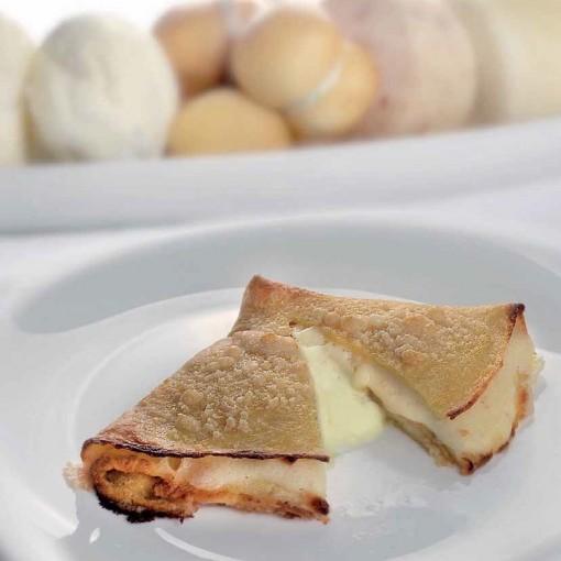 crespelle-ai-quattro-formaggi